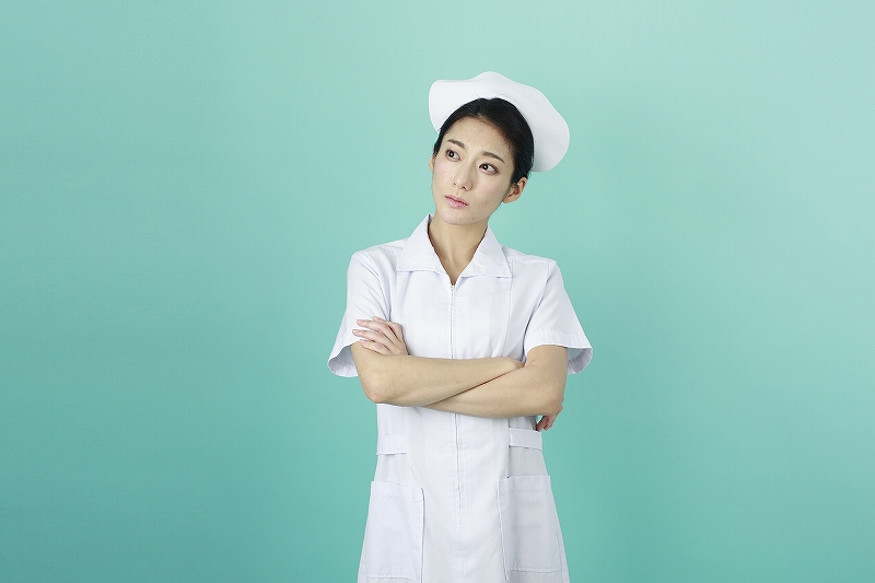 考える看護婦